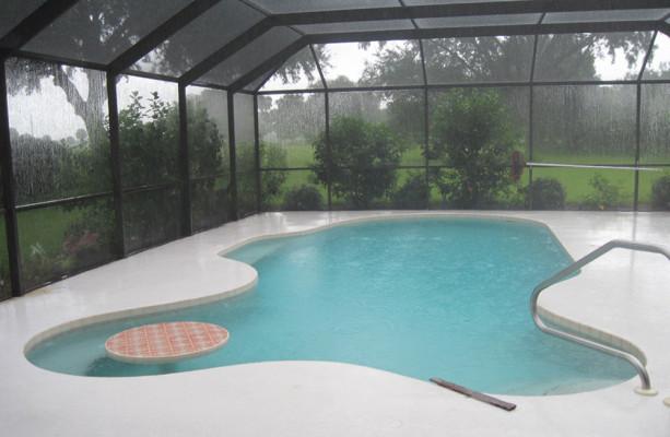 Ein Paar Gute Ideen Für Einen Swimmingpool Zuhause Im Garten ... Design Des Swimmingpools Richtig Wahlen